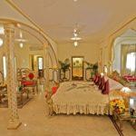 Raj Palace Hotel қонақ үйінің бір түнеу ақысы $43 000 тұрады
