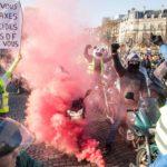 Франция: 288 мың адам қатысқан наразылық әлі жалғасуда…