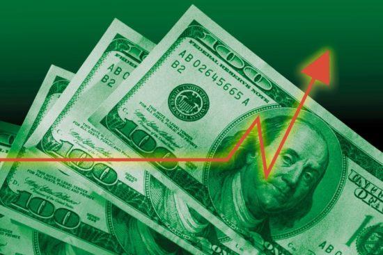 Теңге АҚШ долларына шаққанда тарихта болмаған деңгейге дейін төмендеді