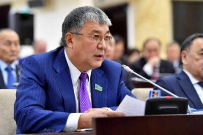 """Сенатор М. Бақтиярұлы министр М.Мырзағалиевке: """"Жұт жеті ағайынды"""" деген сөз бар"""